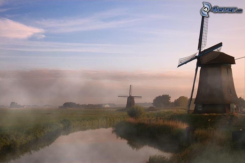 Molinos de viento, Países Bajos, río, niebla baja