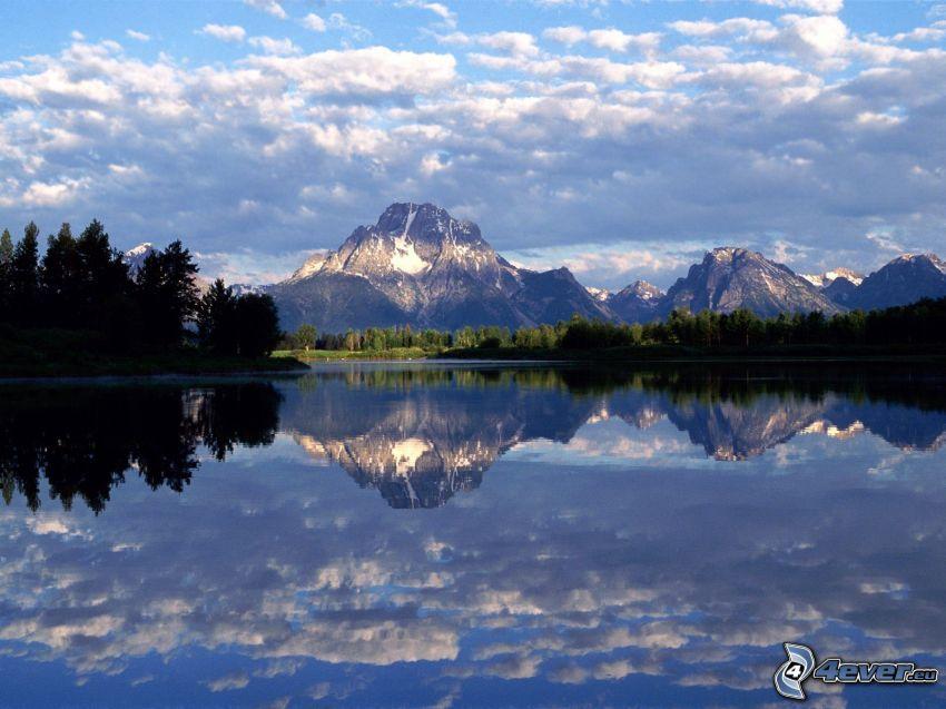 montañas, lago, reflejo, nubes