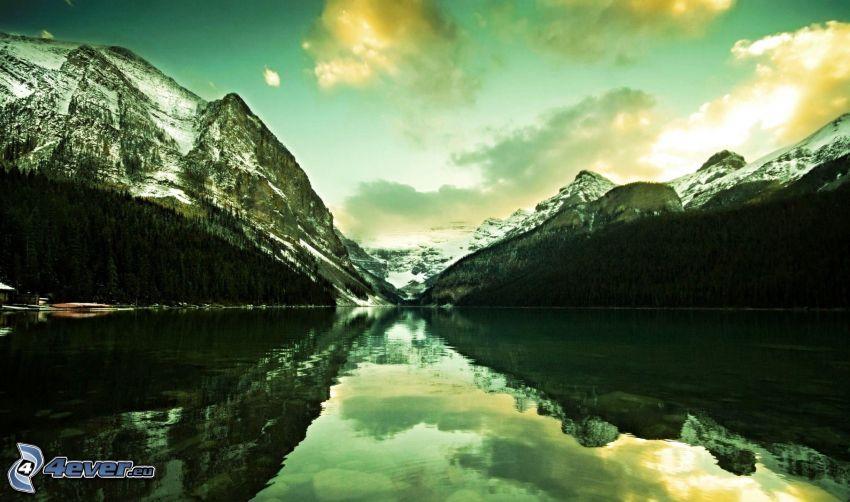 Parque Nacional Banff, Alberta, Canadá, montañas nevadas, lago, reflejo