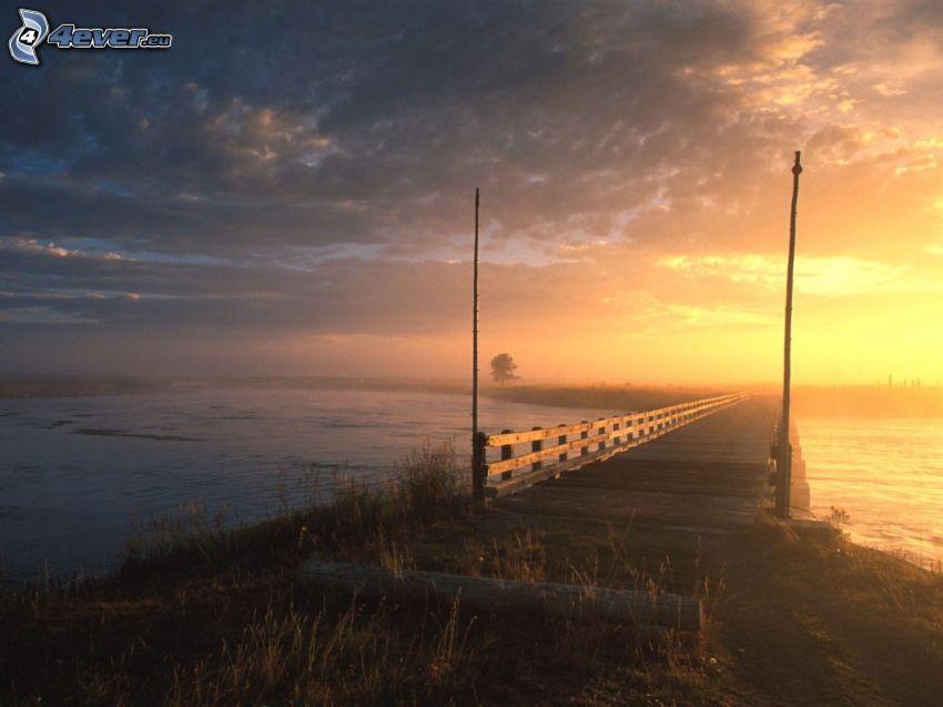 puesta del sol, muelle, nubes