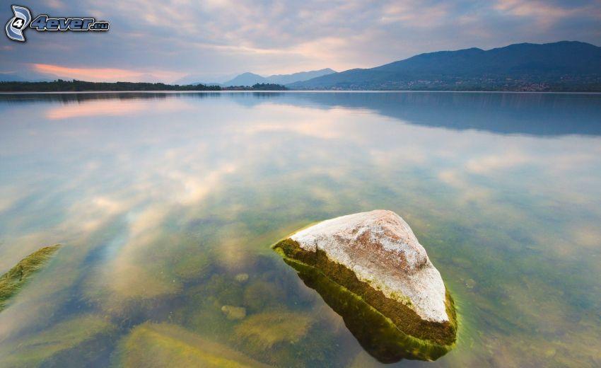 piedra, lago, atardecer