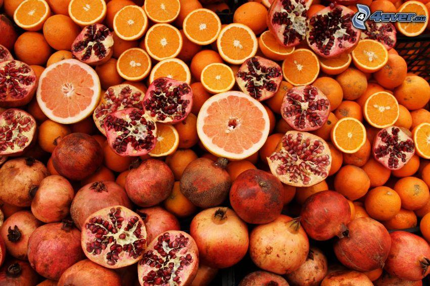 granadas, naranjas, pomelo