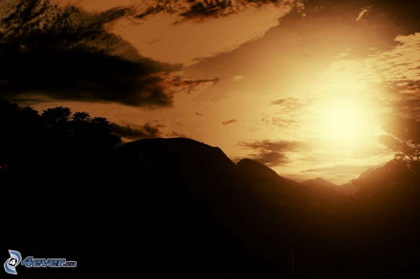 puesta de sol sobre las montañas, sierra