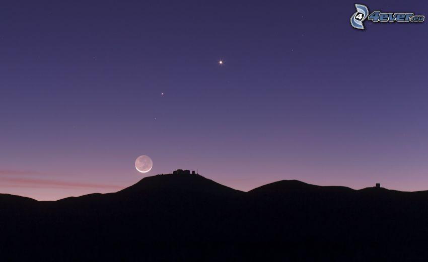 silueta del horizonte, Luna, estrellas, cielo púrpura