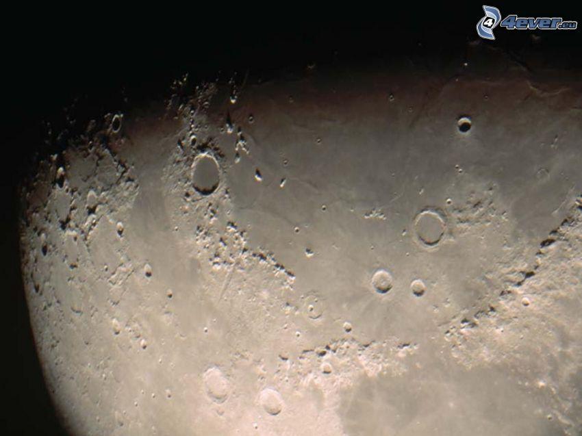 Luna, cráter