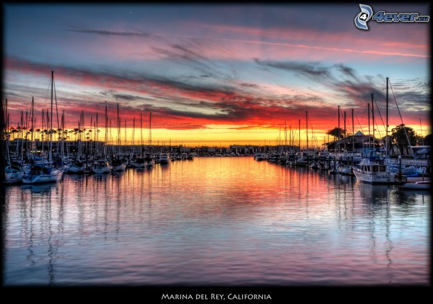 Marina Del Rey, California, marina, después de la puesta del sol
