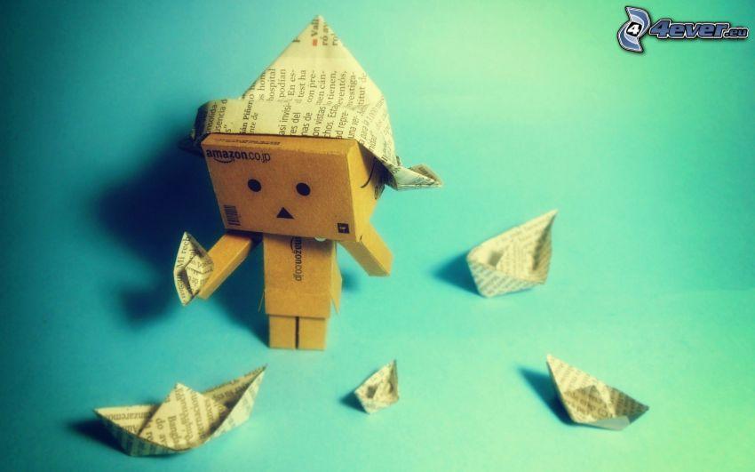 robot de papel, barco de papel