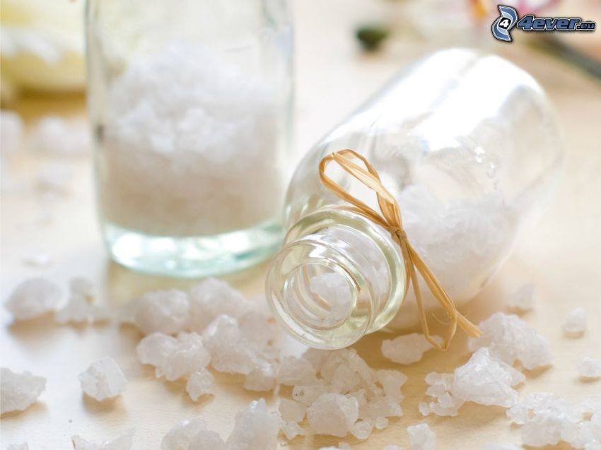 sal de baño, botellas