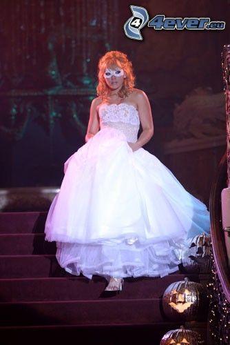 A Cinderella Story, baile