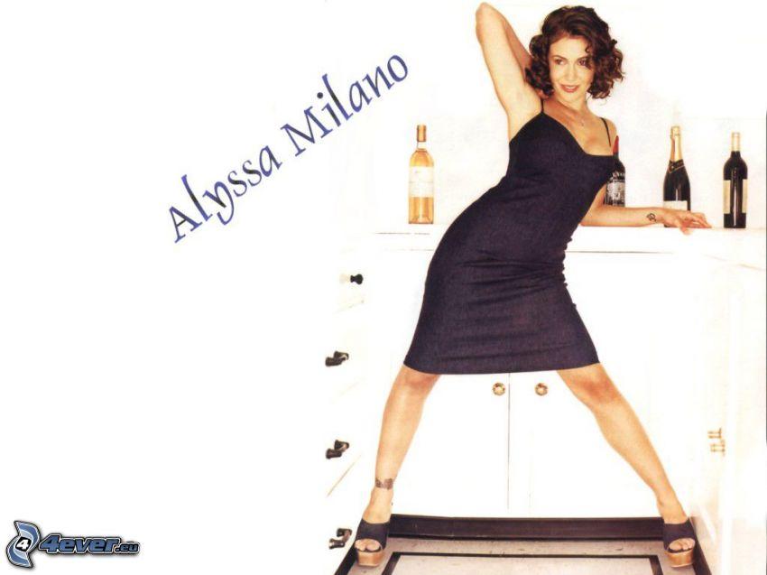 Alyssa Milano, actriz, Phoebe, brujas, Charmed, mujer de pelo castaño, vestido negro, vino, champán, zapatos