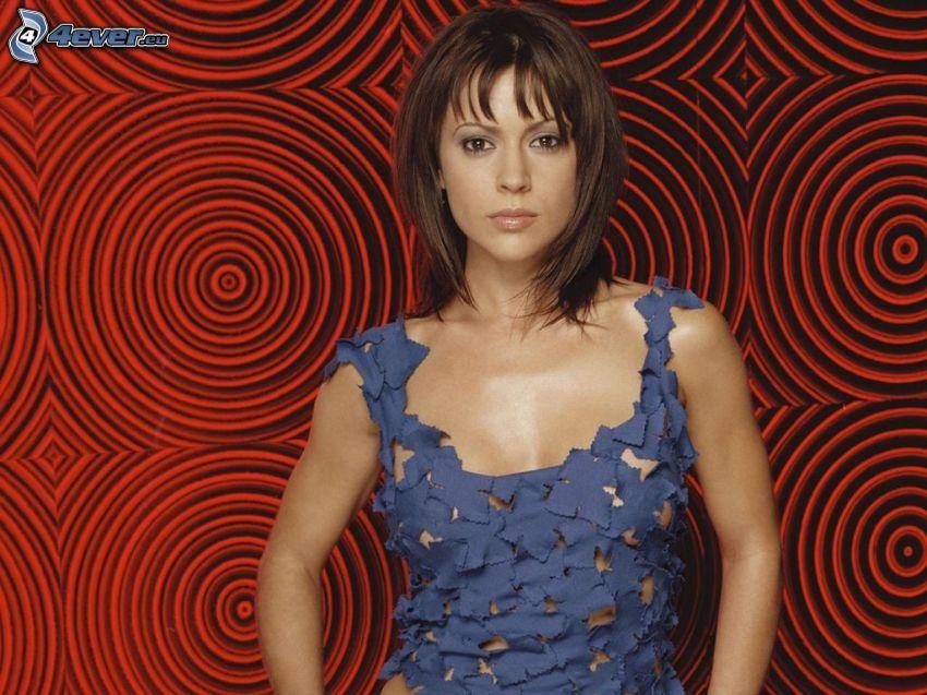 Alyssa Milano, vestido azul, adornos