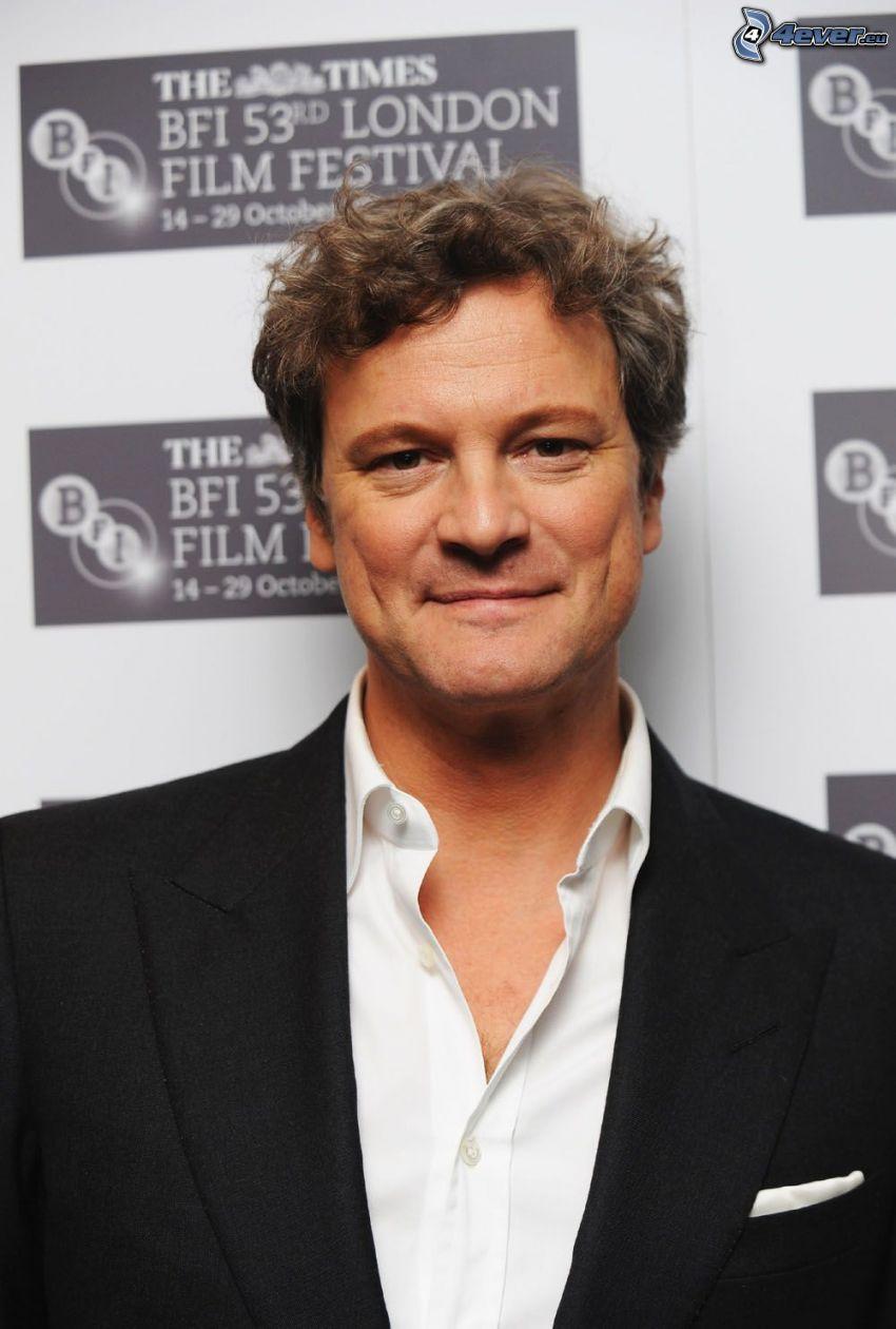 Colin Firth, hombre en traje