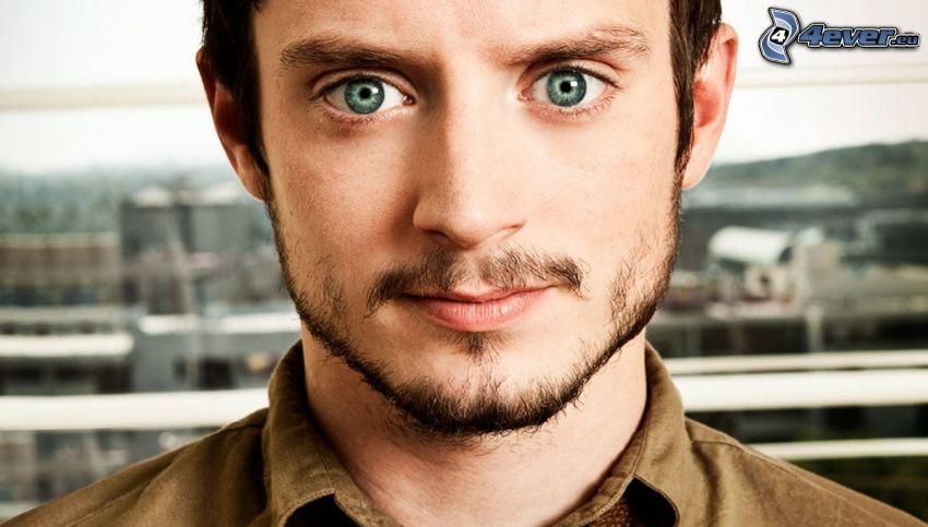 Elijah Wood, ojos verdes