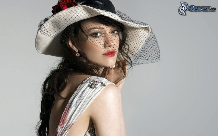 Hilary Duff, sombrero