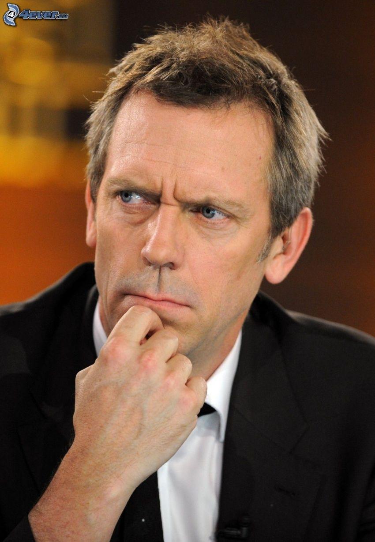 Hugh Laurie, mirada, hombre en traje