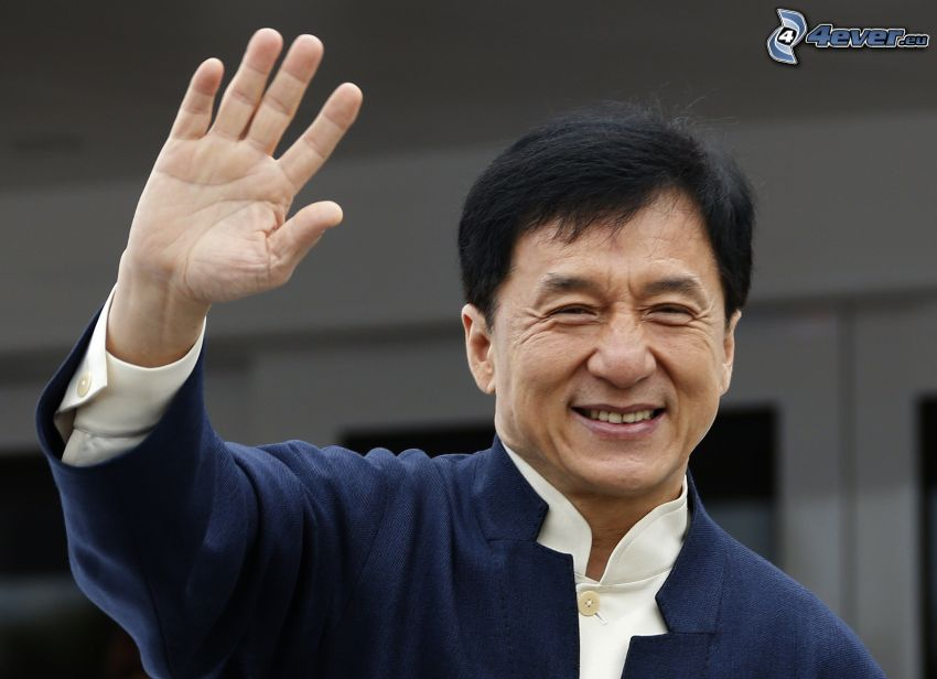 Jackie Chan, saludo, sonrisa