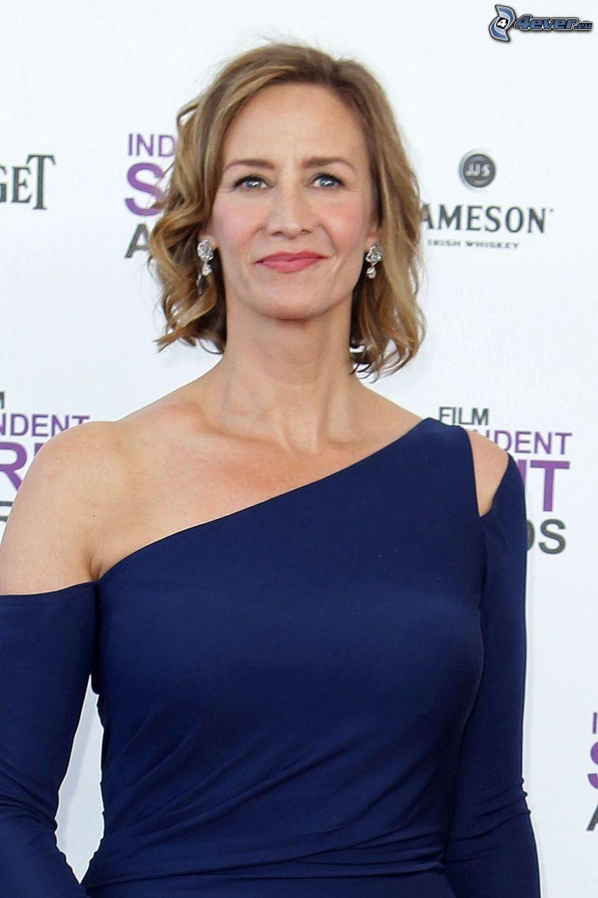 Janet McTeer, vestido azul