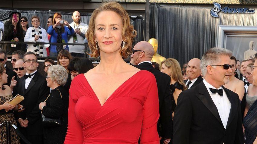 Janet McTeer, vestido rojo