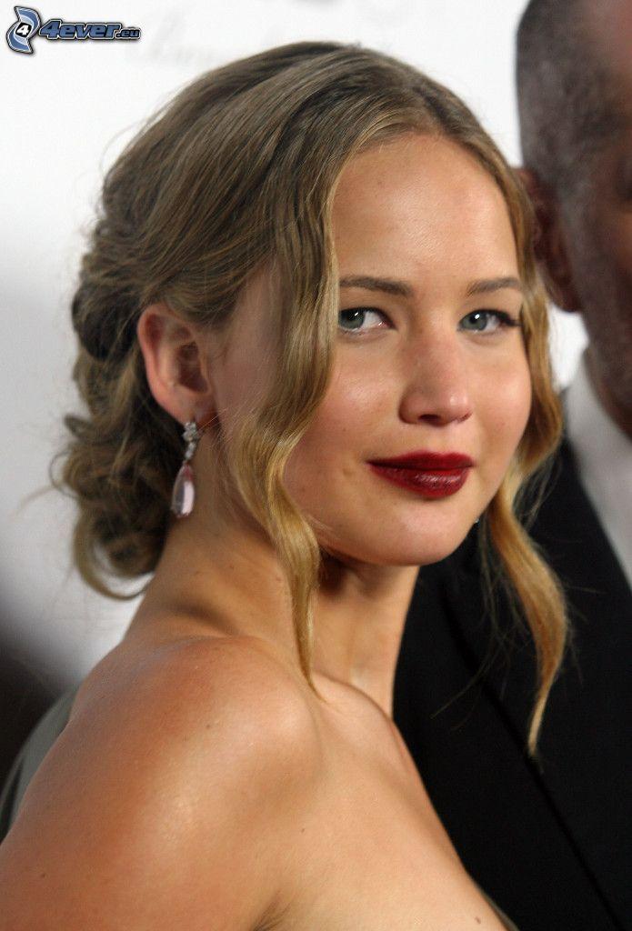 Jennifer Lawrence, labios rojos