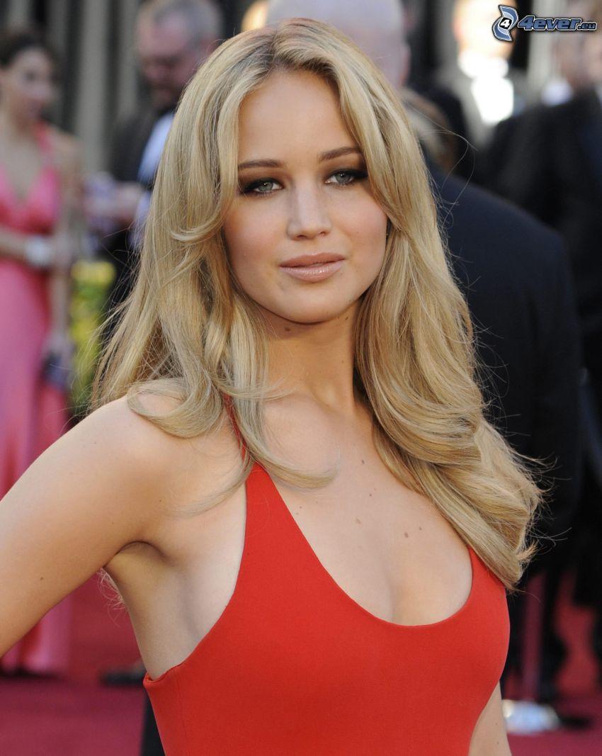 Jennifer Lawrence, vestido rojo