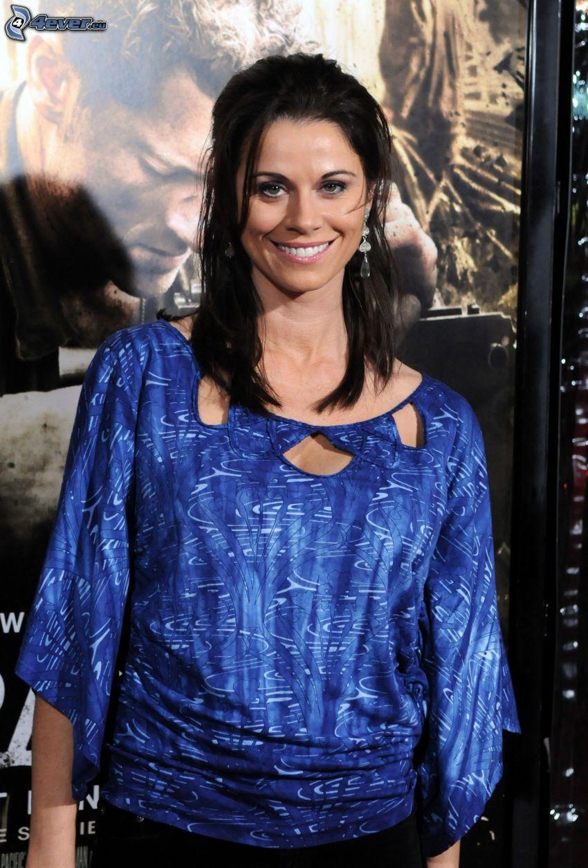 Jennifer Taylor, sonrisa
