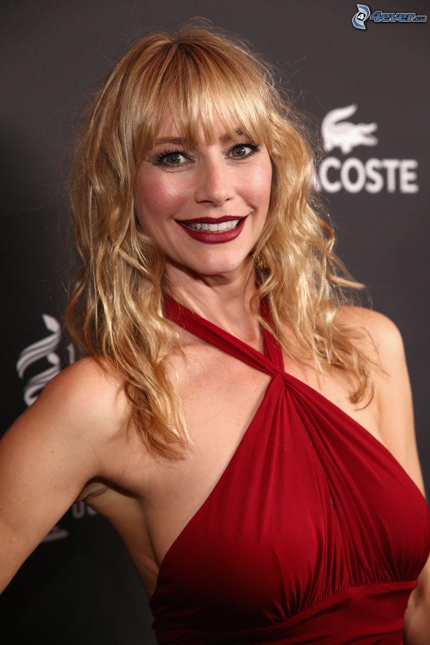 Meredith Monroe, sonrisa, vestido rojo