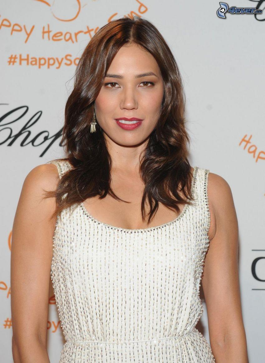 Michaela Conlin, vestido blanco
