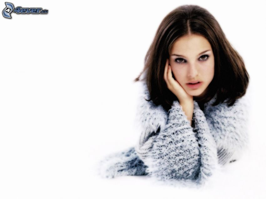 Natalie Portman, suéter