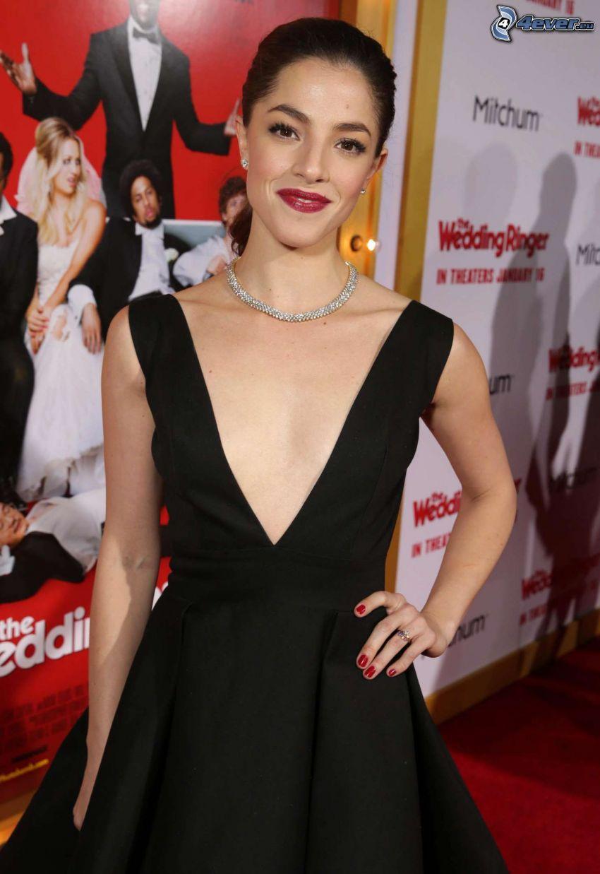 Olivia Thirlby, labios rojos, vestido negro