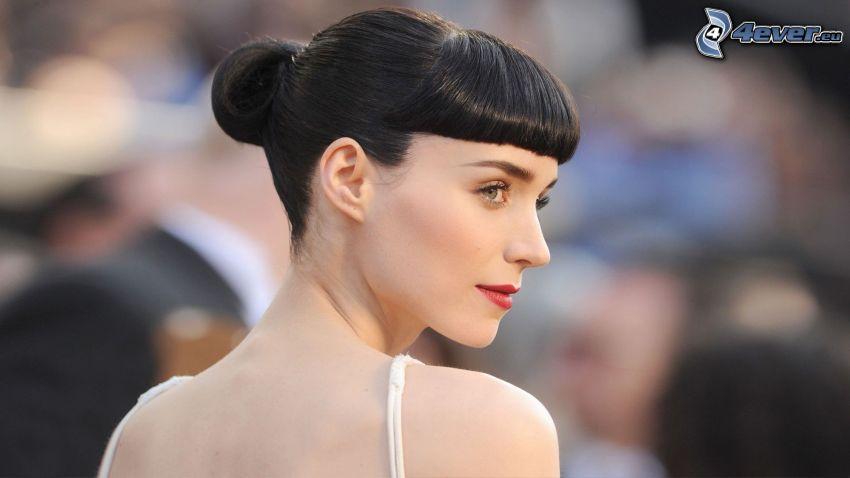 Rooney Mara, labios rojos