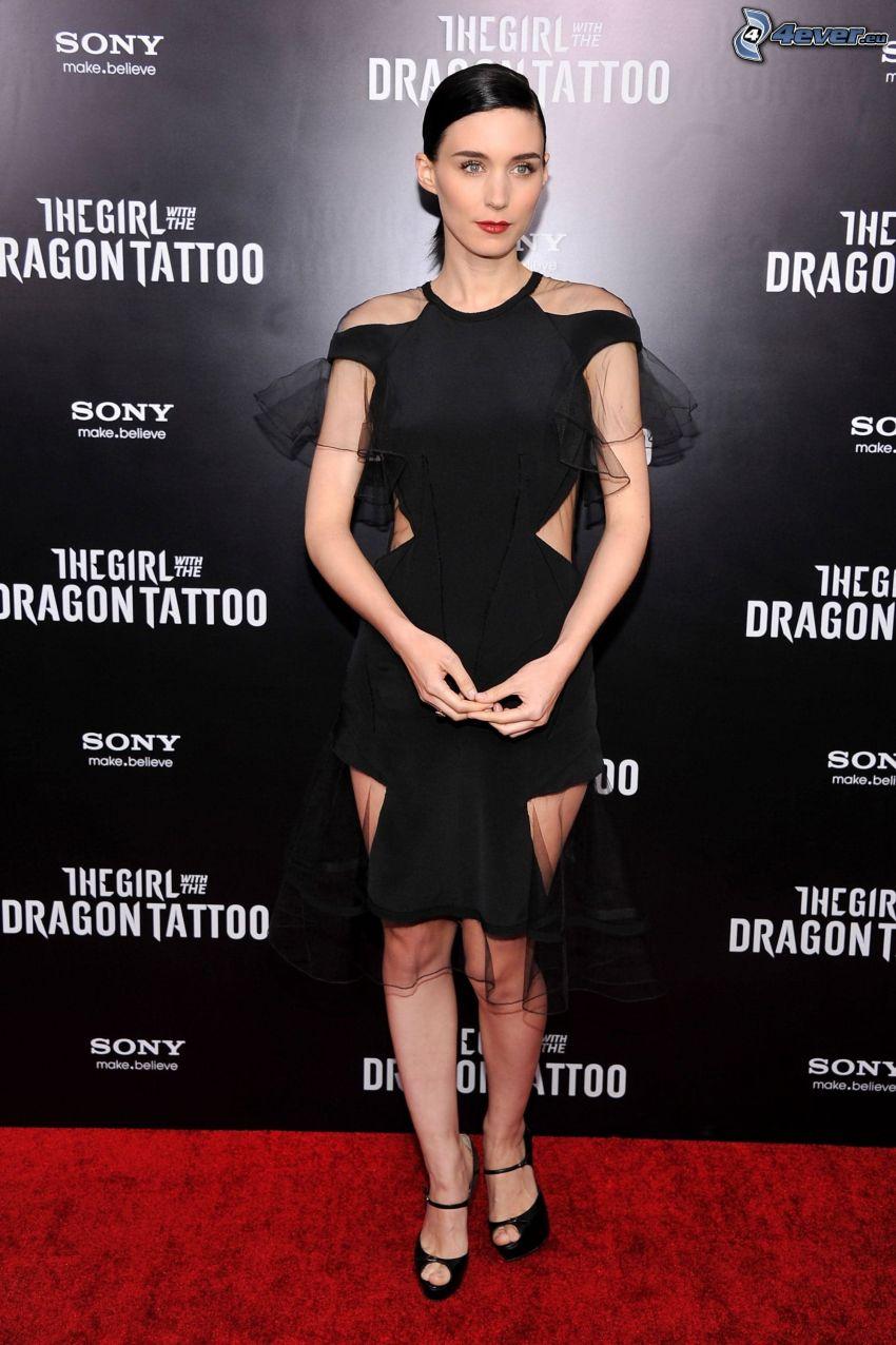 Rooney Mara, vestido negro