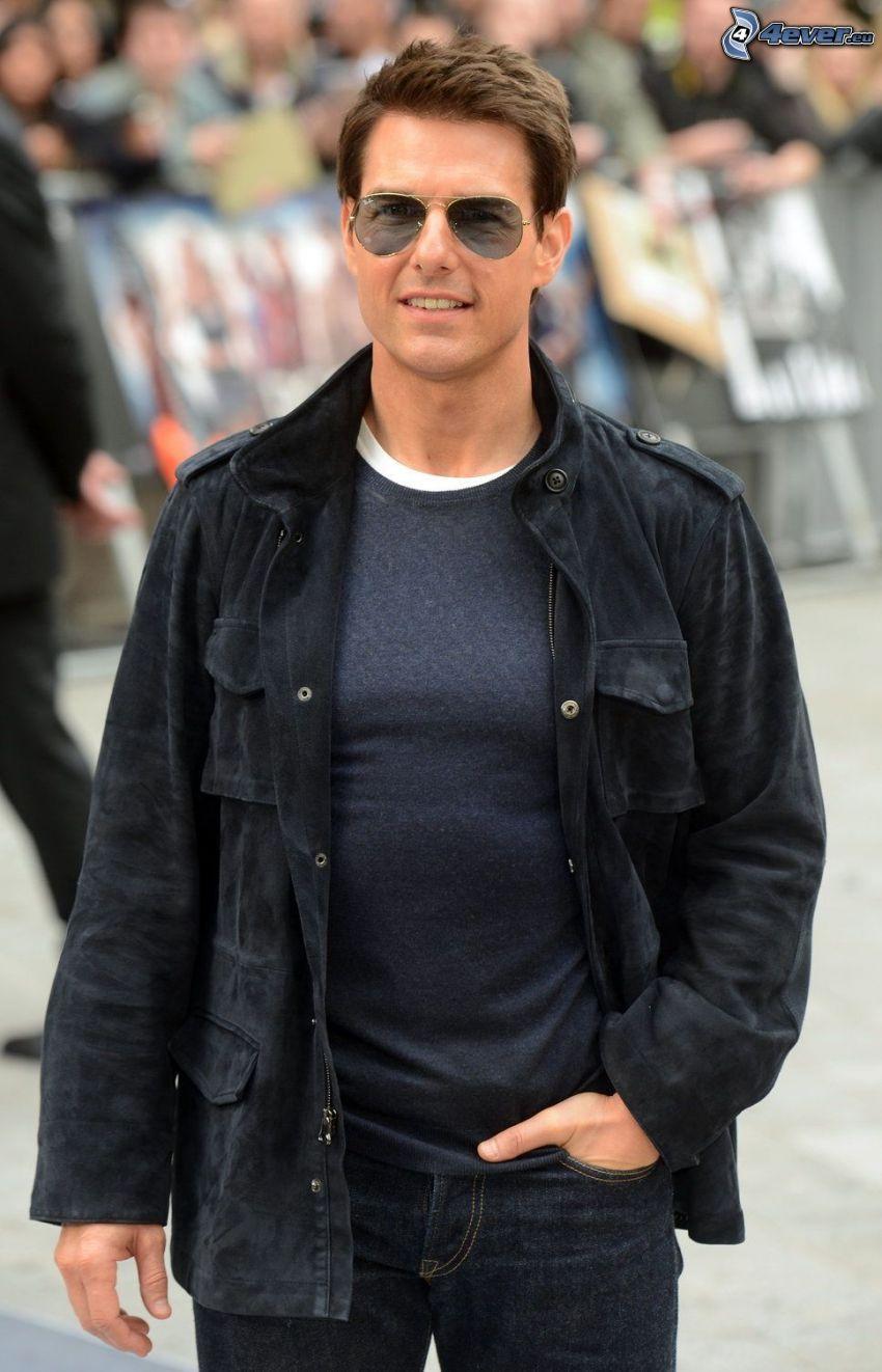 Tom Cruise, el hombre con las gafas, chaqueta
