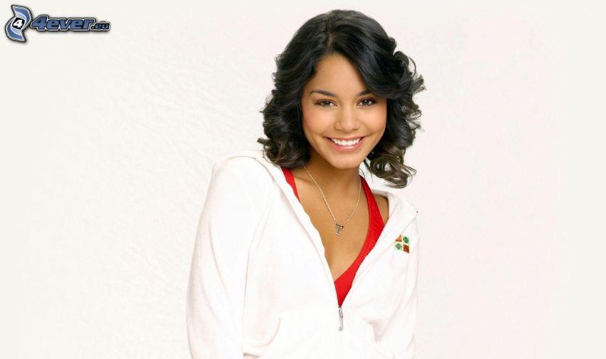 Vanessa Hudgens, sonrisa