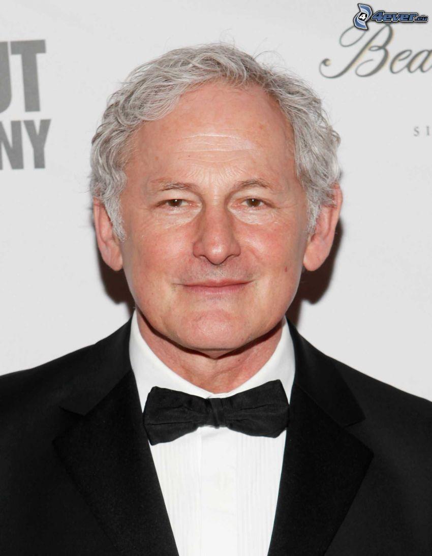 Victor Garber, sonrisa, corbata de lazo