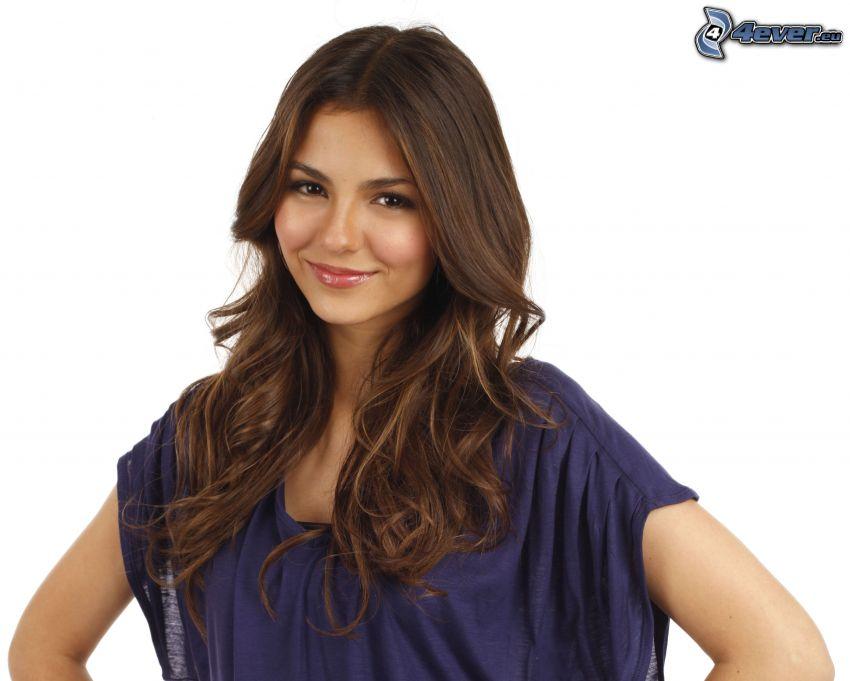 Victoria Justice, sonrisa, camisa azul