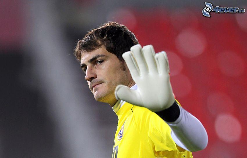 Iker Casillas, futbolista, guantes