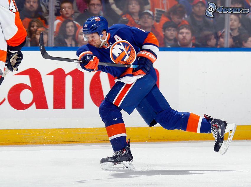 Kyle Okposo, jugador de hockey, hockey