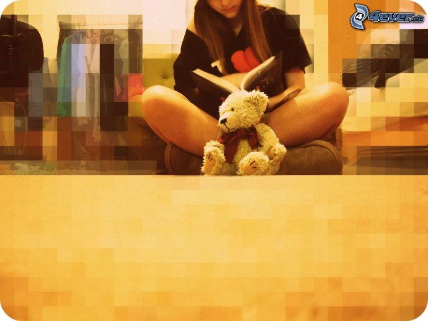 chica con libro, niña con peluche, oso de peluche
