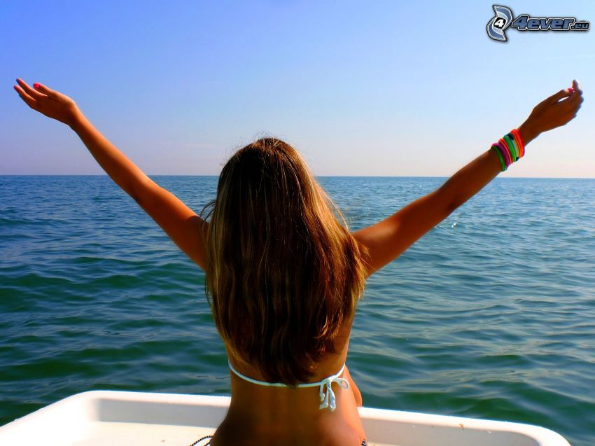 chica en bikini, yate, cabello, mar, cielo