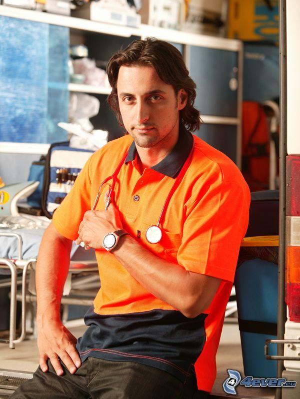 Denis Stefan, Corazón Gitano, actor, médico