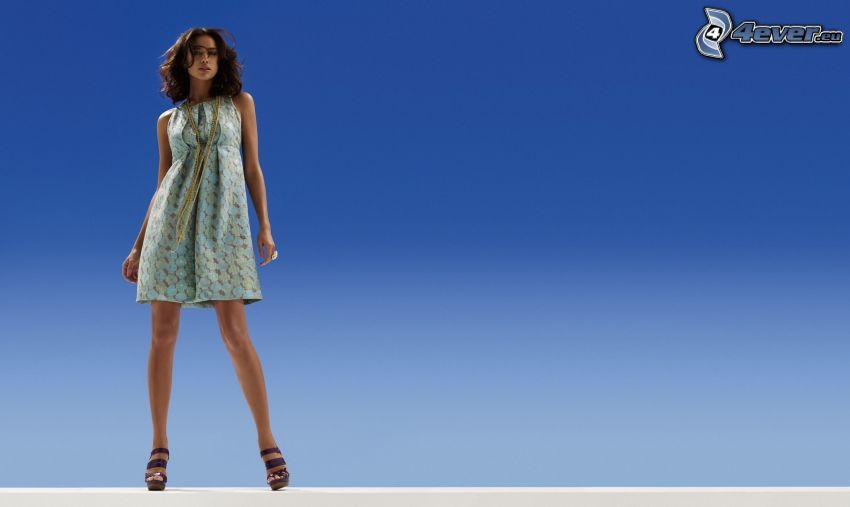 Irina Shayk, modelo, vestido azul