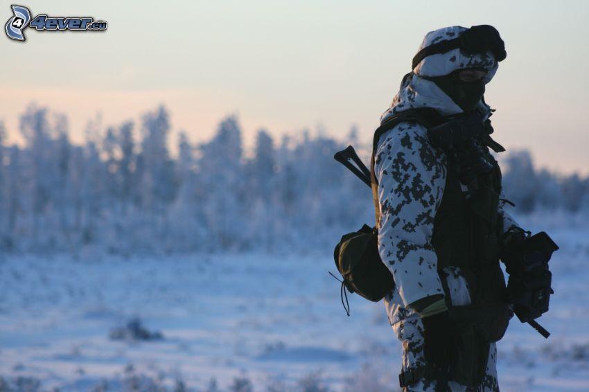 mujer soldado, mujer, nieve