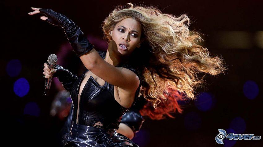Beyoncé Knowles, concierto, cabello rizado
