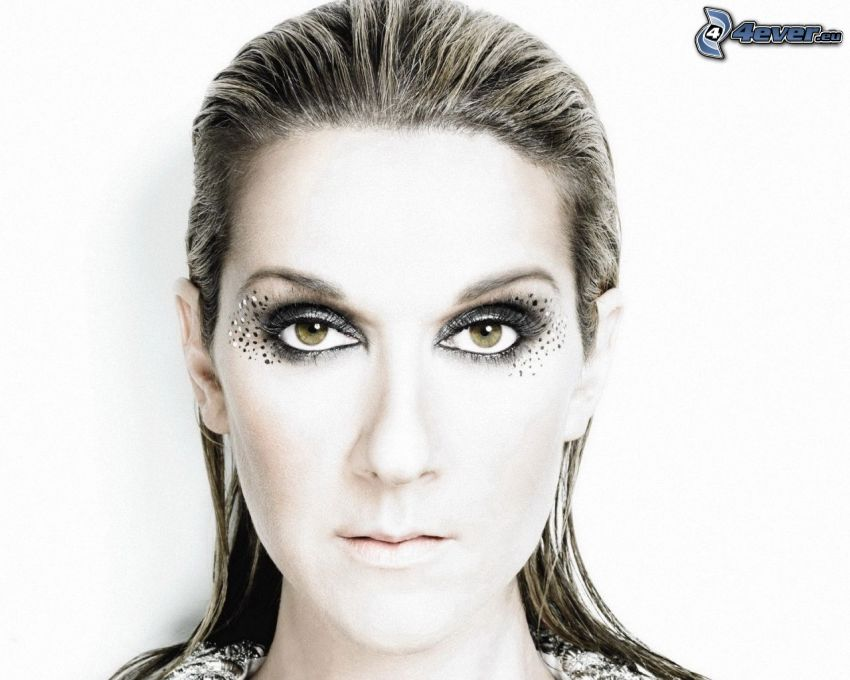 Celine Dion, mujer con maquillaje