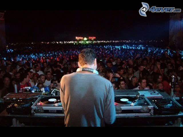 DJ Tiësto, DJ, concierto, megafiesta, música