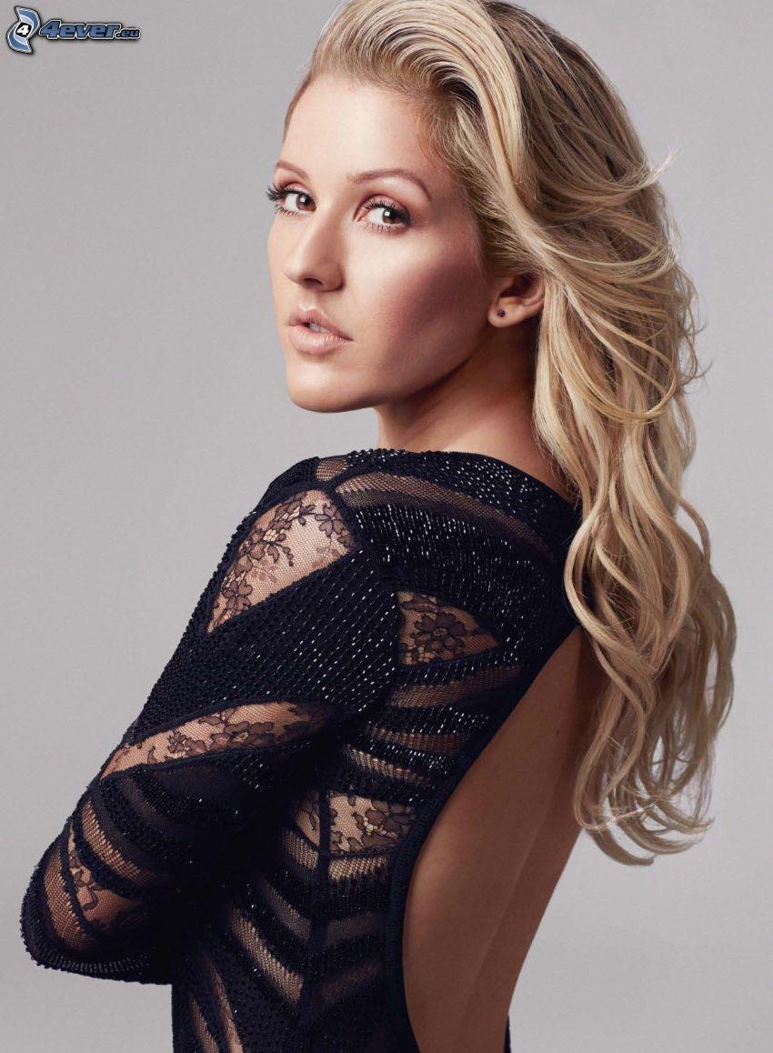 Ellie Goulding, espalda