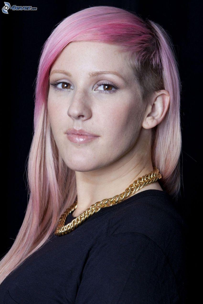 Ellie Goulding, pelo de color rosa