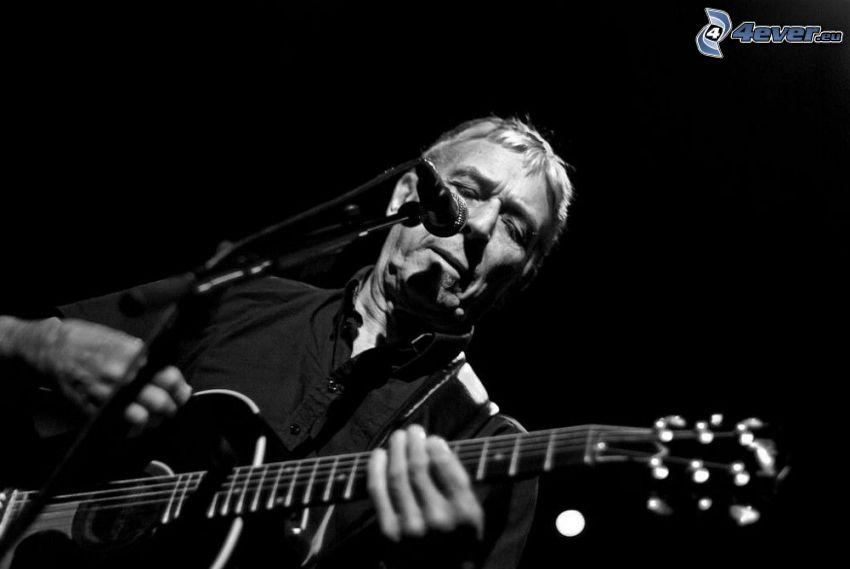 John Cale, Guitarrista, Foto en blanco y negro