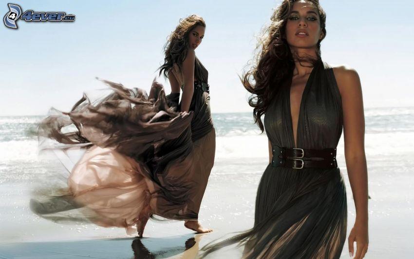Leona Lewis, playa