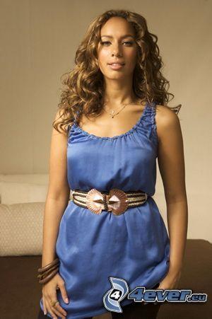 Leona Lewis, vestido azul
